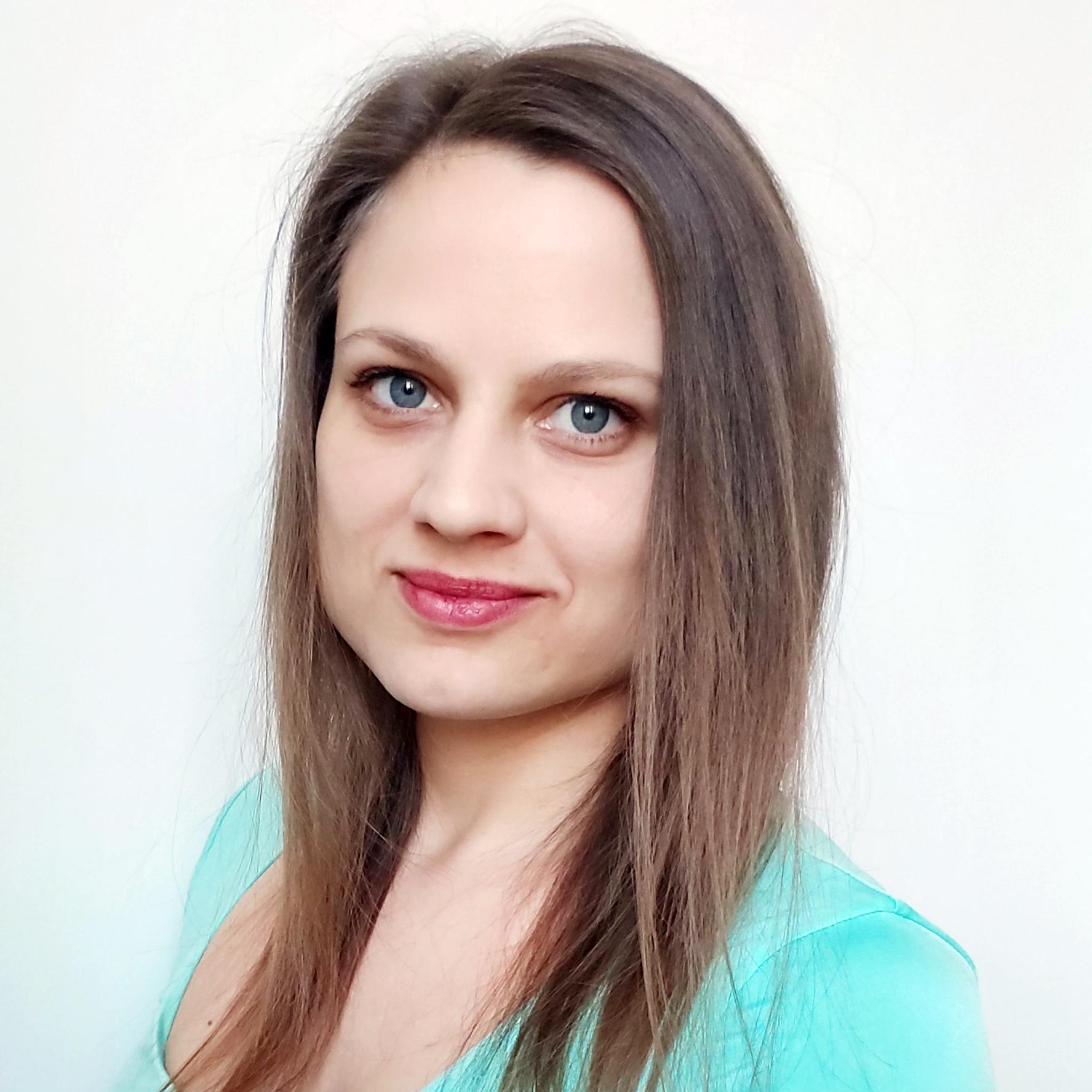 Czeczeli Vivien