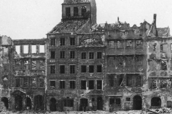 Varsó1945-1219