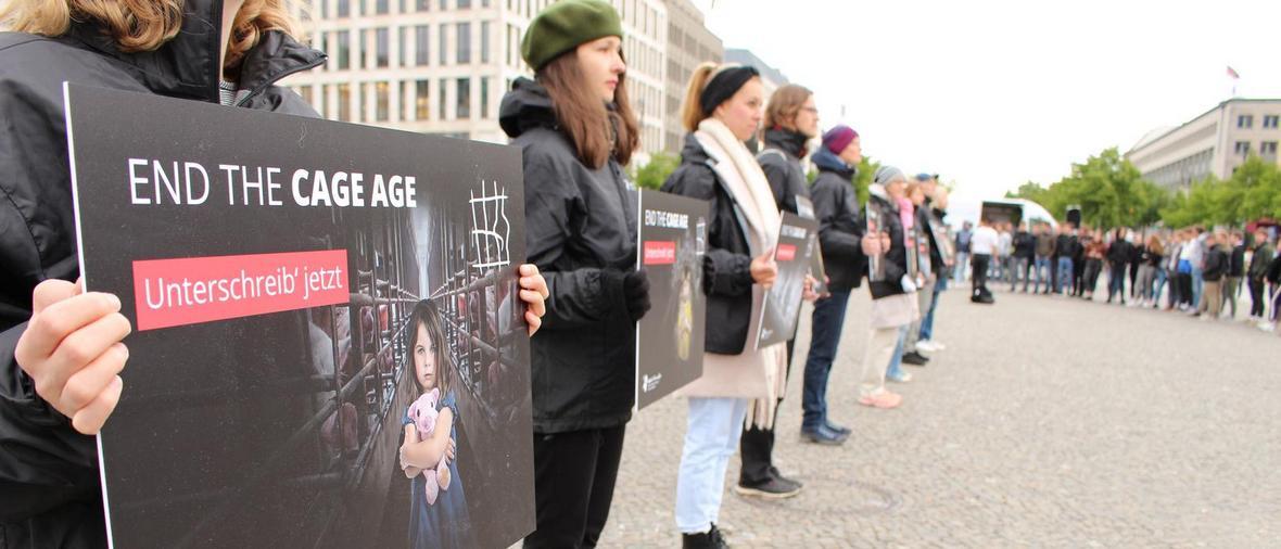 End the cage age_kész